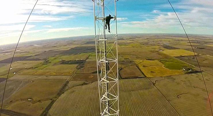 همه چیز درباره دکل های مهاری - برج بند - پیمانکار برق و تجهیزات مخابراتی